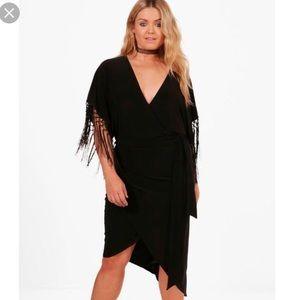 NWOT Boohoo Plus Naomi Fringe Trim Wrap Dress
